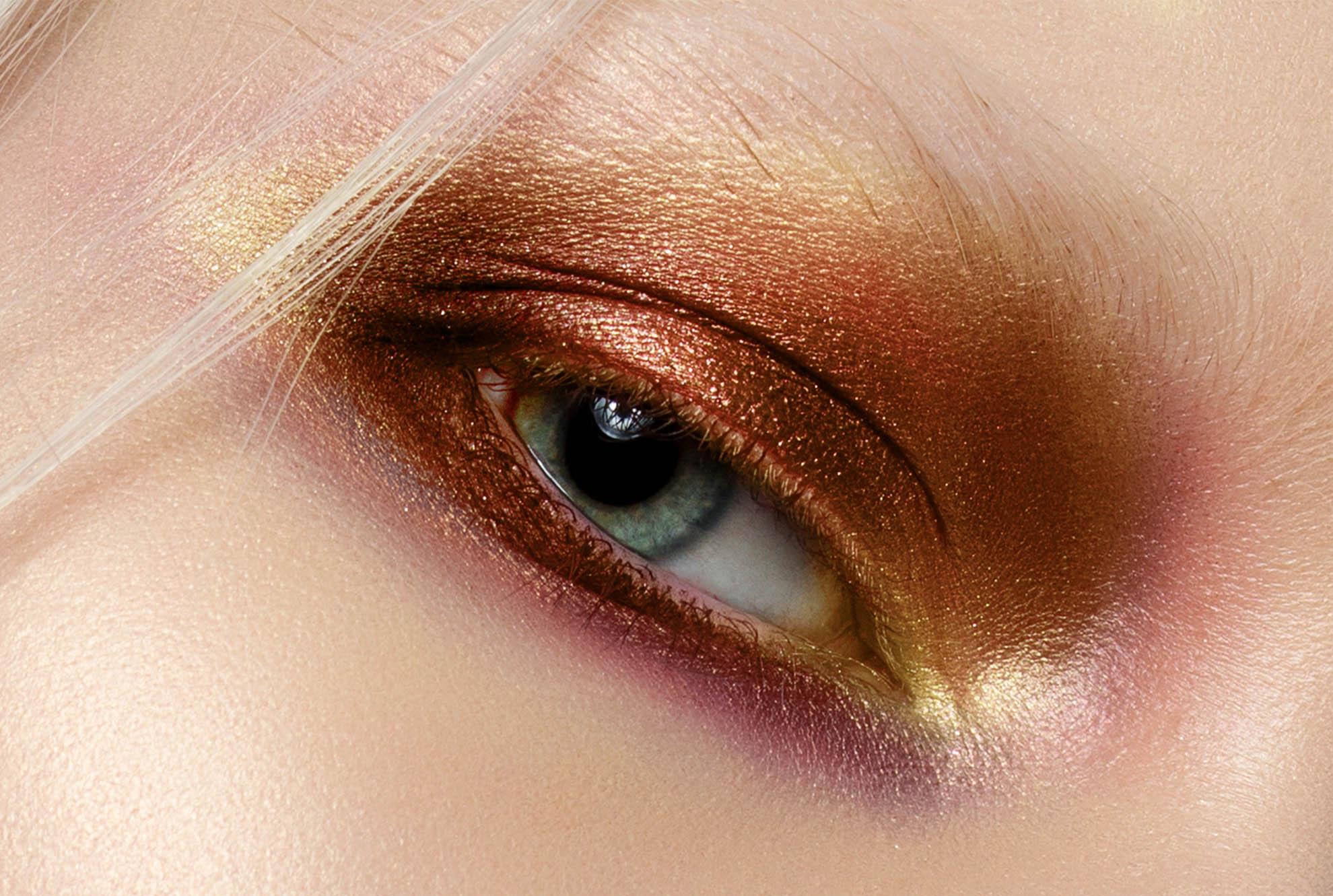 Make-up con la mascherina: ecco i 5 trends da seguire.